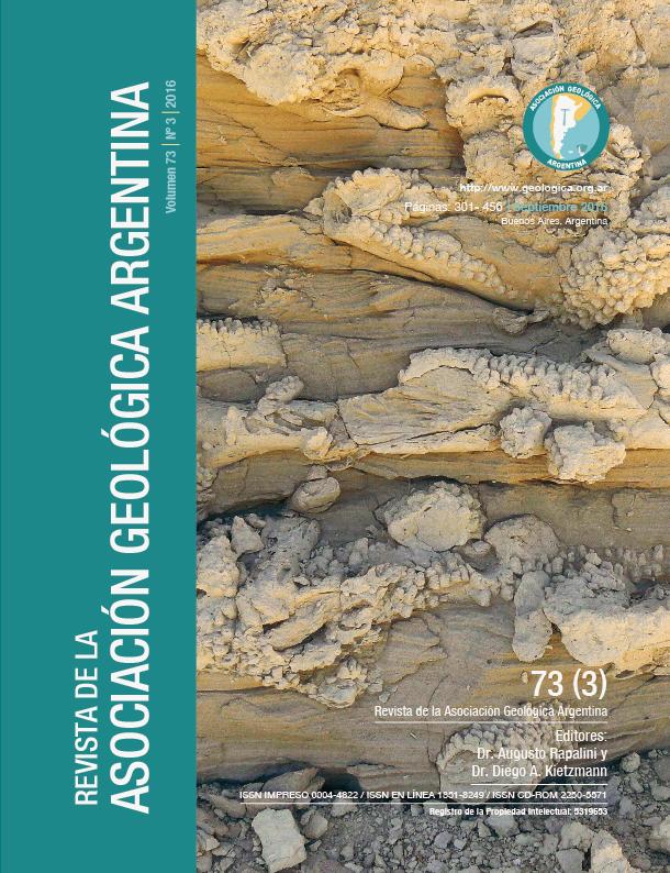 Depósitos marinos con trazas fósiles (Ophiomorpha isp.) de la Formación Gaiman (Mioceno temprano), valle del río Chubut. Autor: Dr. José I. Cuitiño.